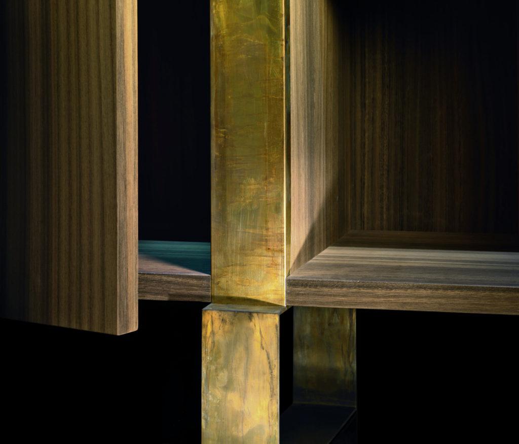 Slide L Closeup Oak Brass