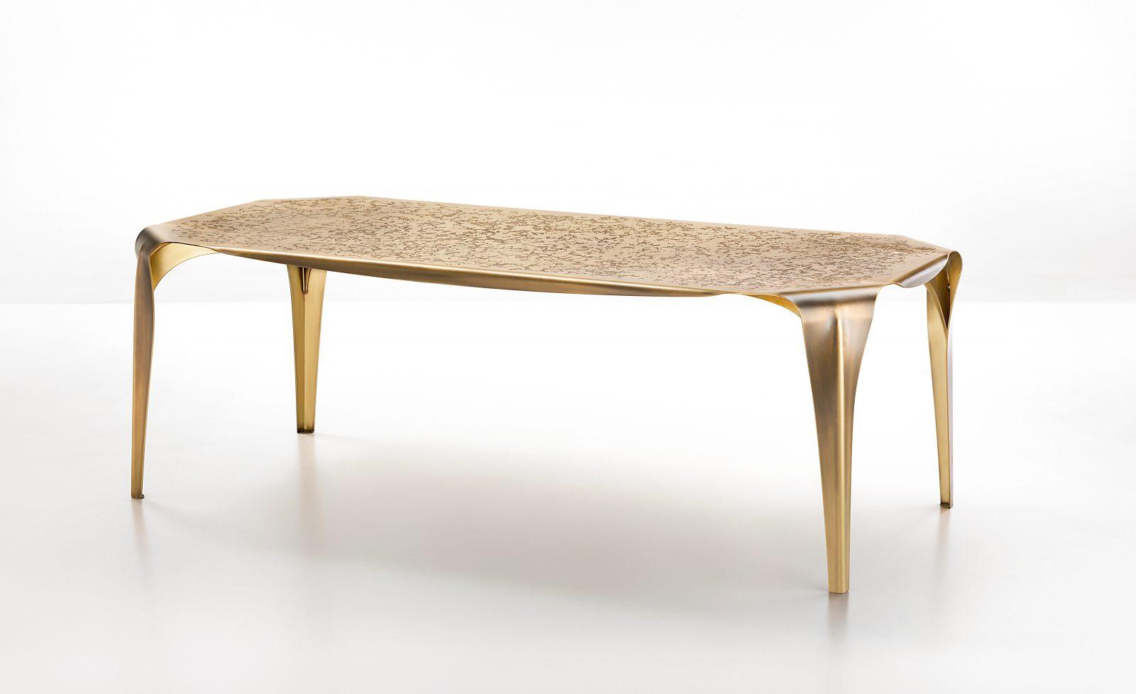 Convivium table